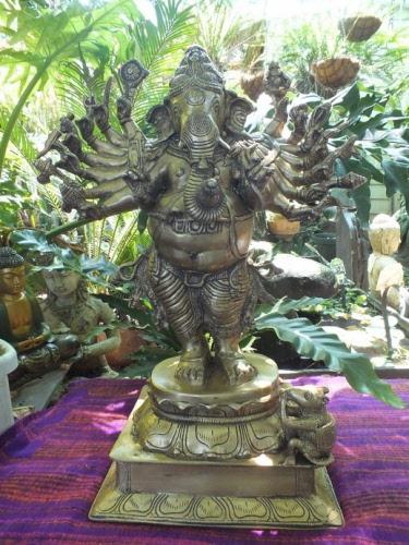 Large Ganesh Sixteen Arms
